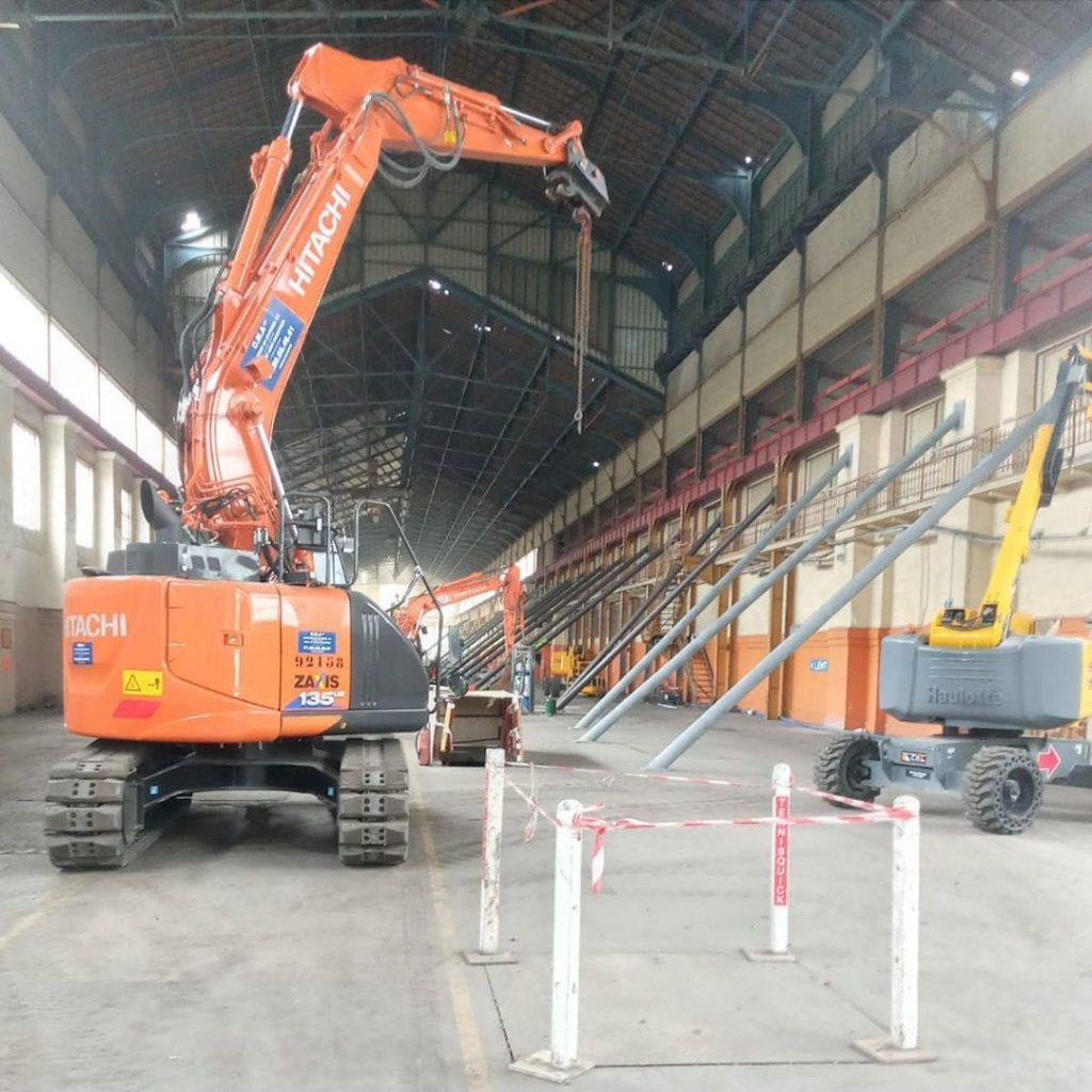 Hitachi 14 tonnes