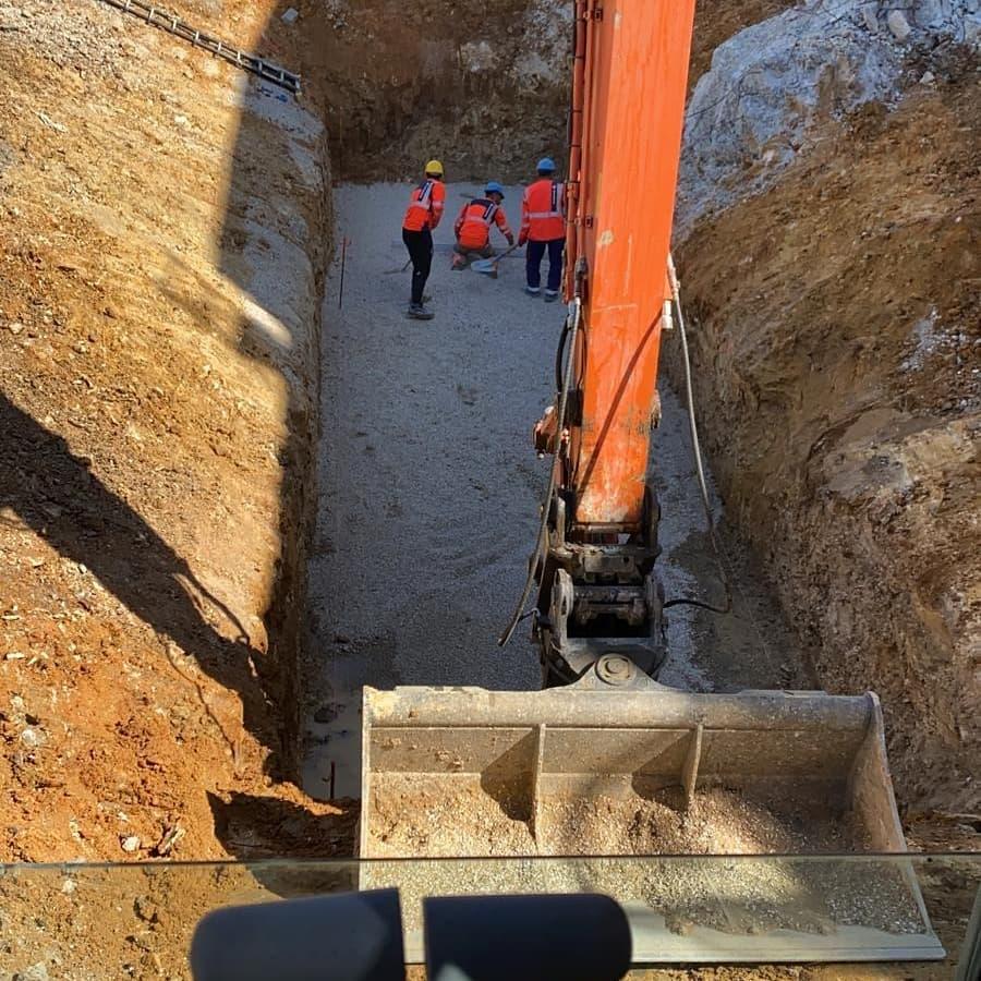 Hitachi 25 tonnes